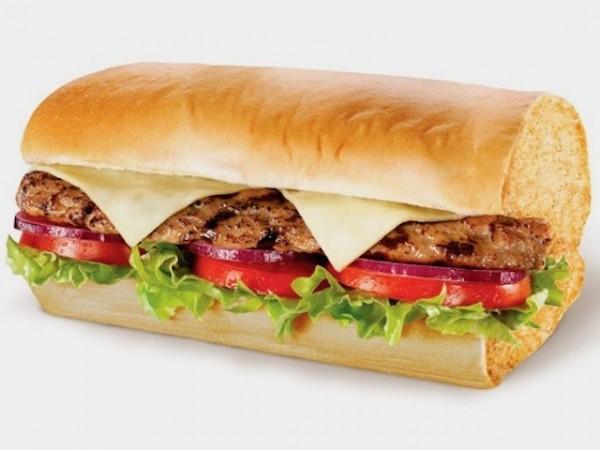 Menú Subway de bocadillos o ensaladas + cookies + refrescos para 2 personas