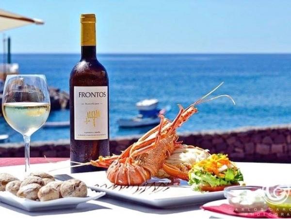 Menú con bogavante para 2 personas frente al mar
