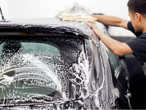 Limpieza de coche interior y exterior con opción a limpieza de tapicería