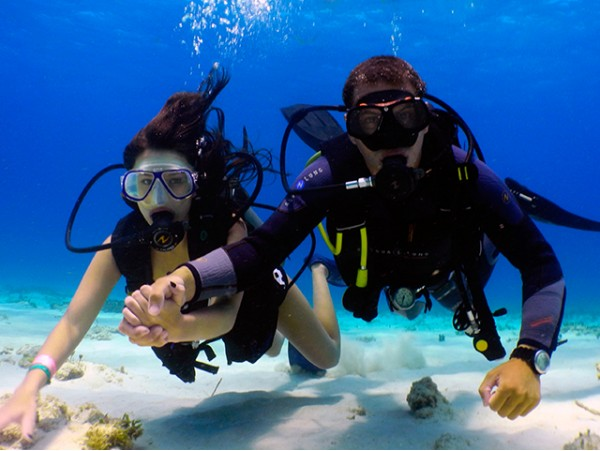 Bautizo de buceo para 2 personas ¡Sumérgete con esta aventura!