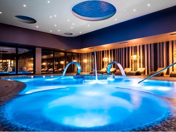 Circuito Spa + masaje relajante en pareja en Hotel GF Victoria 5* Gran Lujo