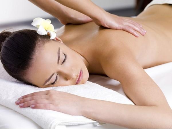 Masaje relajante de 40 minutos con aceites esenciales