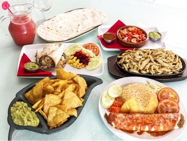 Auténtico menú degustación mexicano para 2 personas con jarra de margarita