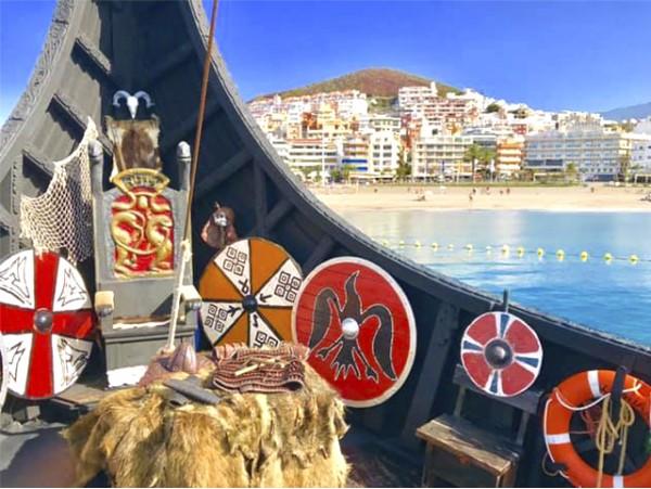 Excursión en Barco Vikingo de 3 horas con almuerzo y bebida