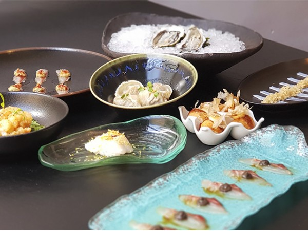Menú degustación japonés de 12 platos para 2 personas en Maguro