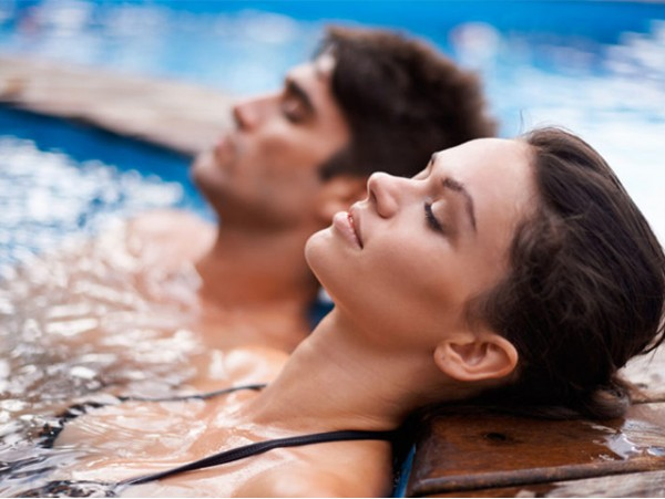 Circuito Spa ilimitado para 2 personas con cava y masaje relajante en Spa & Wellness Panorámica