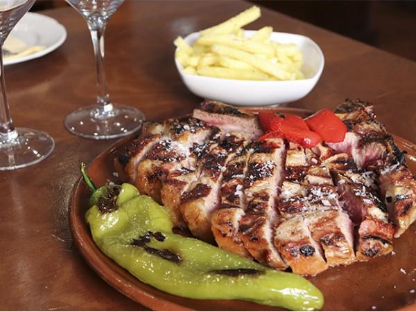 Menú para 2 personas con chuletón de 1,2 kg en Taberna Ossuna