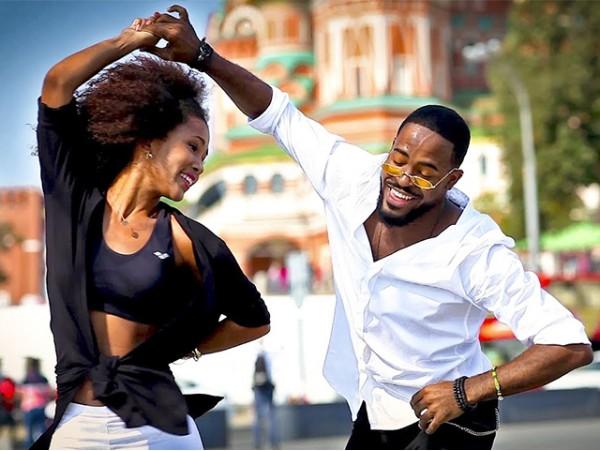 1 mes de clases de baile a elegir entre Salsa cubana, Zumba o Dancehall