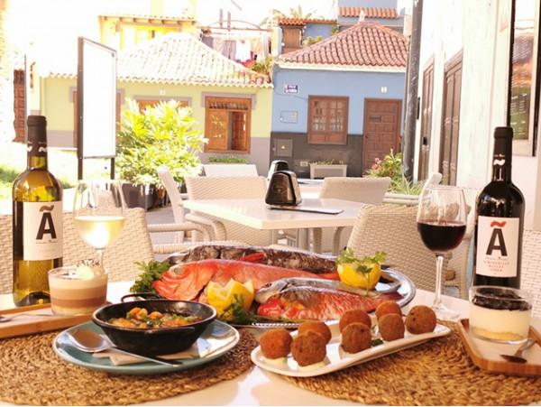 Menú de pescado fresco para 2 con botella de vino