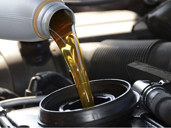 Cambio de aceite y filtro + revisión pre-ITV