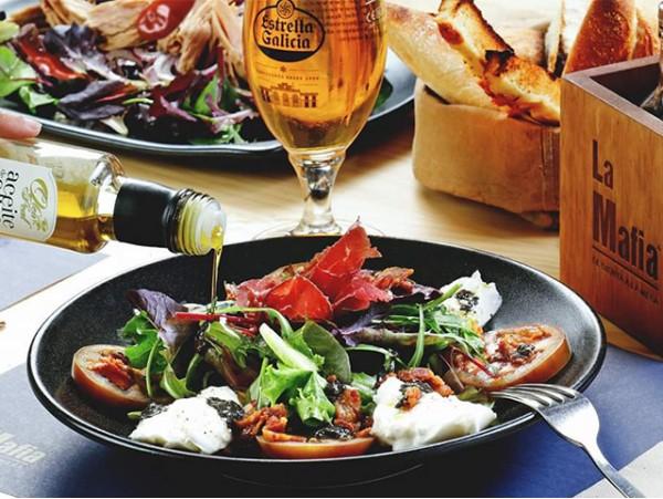 La Mafia se sienta a la Mesa: Menú para 2 con 5 platos y bebidas