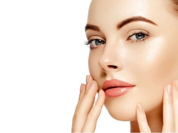 Lifting Facial sin cirugía + tratamiento facial antienvejecimiento + masaje facial + dermarroller de uso personal