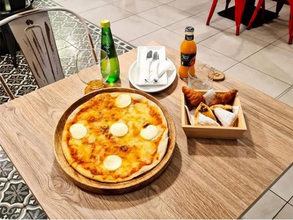 Afterwork para 2 con pizza a elegir con variado de dulces + bebidas