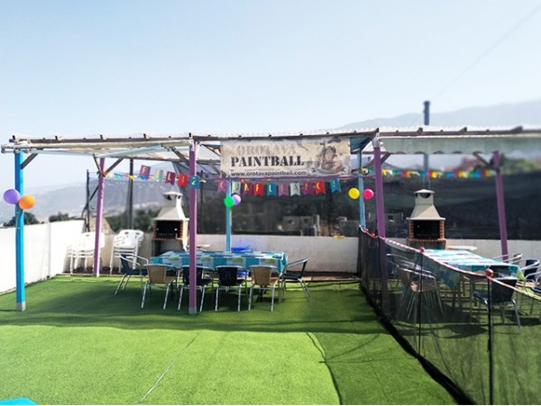 Cumpleaños infantil jugando a Paintball + castillo hinchable + piñata + menú infantil
