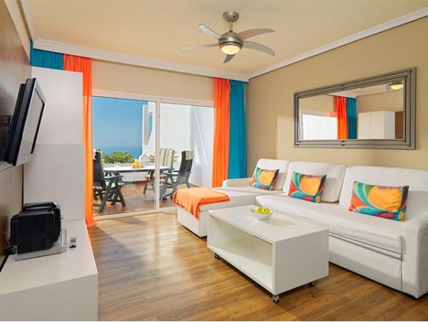 2 noches en APARTAMENTO de 1 dormitorio con Terraza Vista Mar