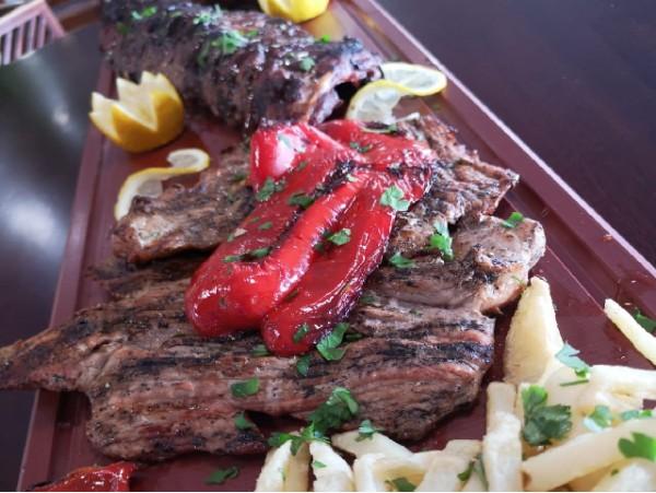 Menú para 2 en La Orotava con entrantes + tabla de carnes + bebida y postre