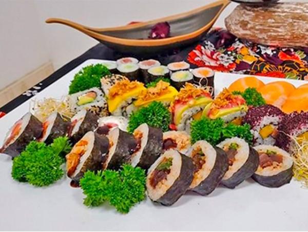 Sushi gourmet a domicilio con bandeja de 32 piezas