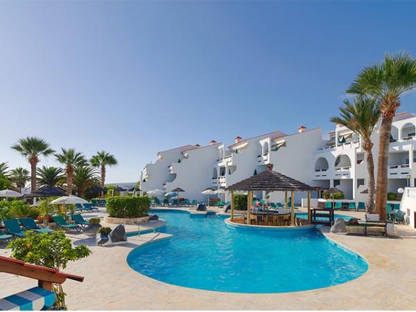 2 noches para 2 en ESTUDIO con terraza vista mar o piscina + late check out
