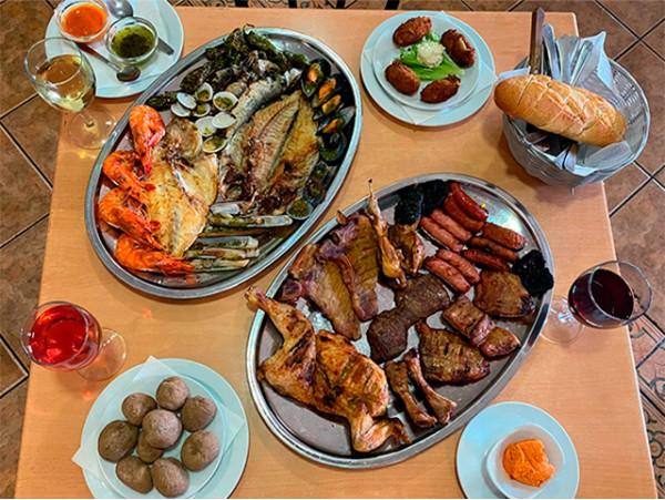 Menú para 2 con parrillada de carne o pescado en el norte