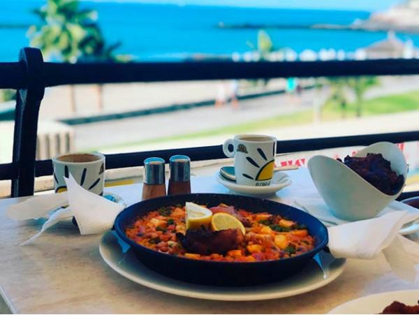 Menú mediterráneo para 2 con paella en Playa de Fañabé