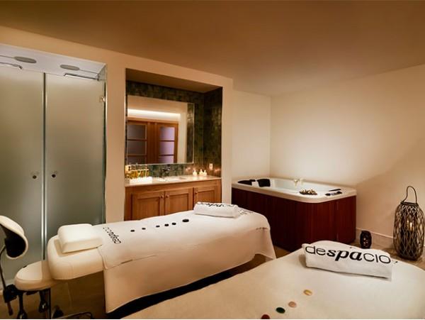 Exclusivo ritual de lujo para 2 con masaje en pareja y jacuzzi privado