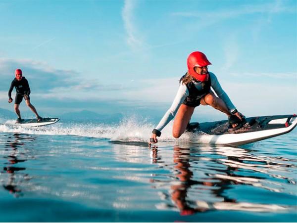 Alquiler de tabla de surf eléctrica en Radazul ¡Tienes que probarlo!