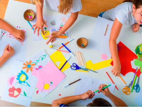 Campamento semanal de verano para niños en África Park