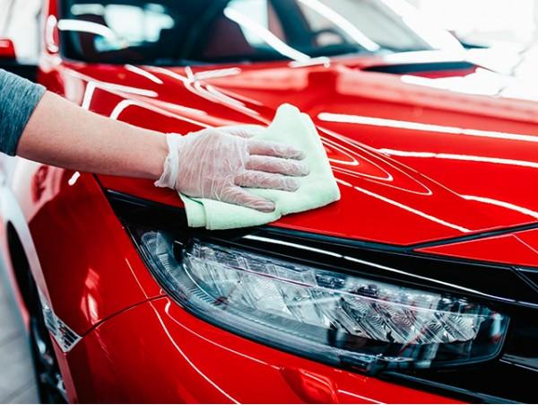 Limpieza interior y exterior de vehículos a domicilio