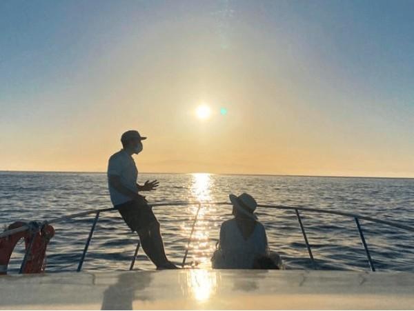 Excursión en charter de avistamiento de cetáceos + fruta + bebidas ilimitadas