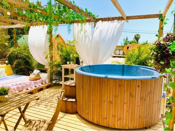DayPass para 2 con piscina y brunch + espacio privado con jacuzzi