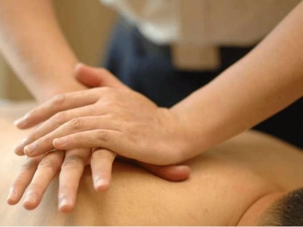 Sesión de 90 minutos de masaje chino Tuina + biodinámica craneosacral