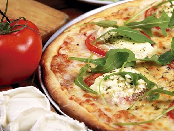 3x2 a elegir entre todas las pizzas de la carta, ¡también para llevar!