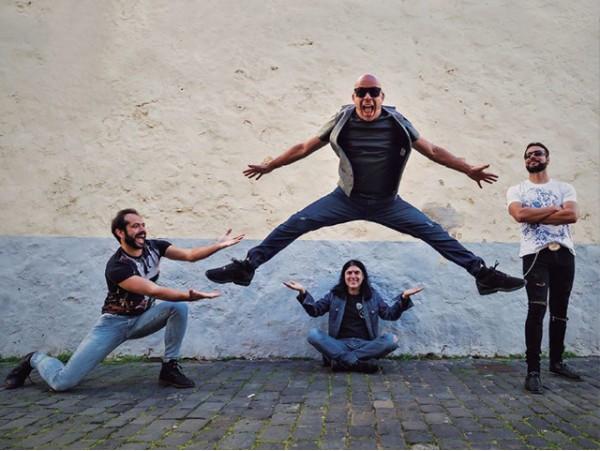 Nuevo álbum 'Lo mejor de Ni 1 Pelo de Tonto'