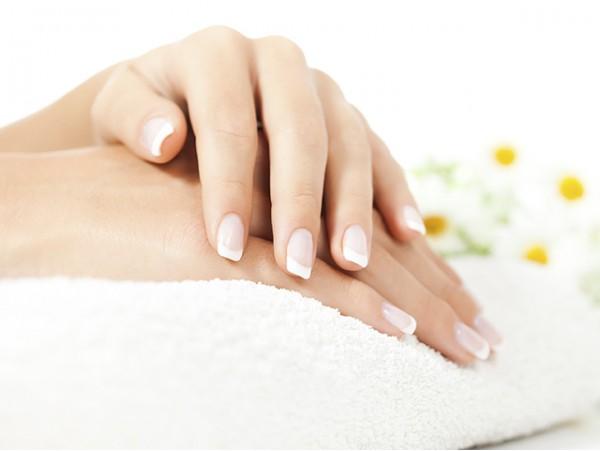 Tratamiento de manos ultrahidratante con parafina