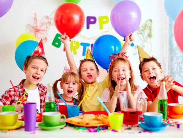 Celebra el mejor cumpleaños con merienda para 10, 15 o 20 niños